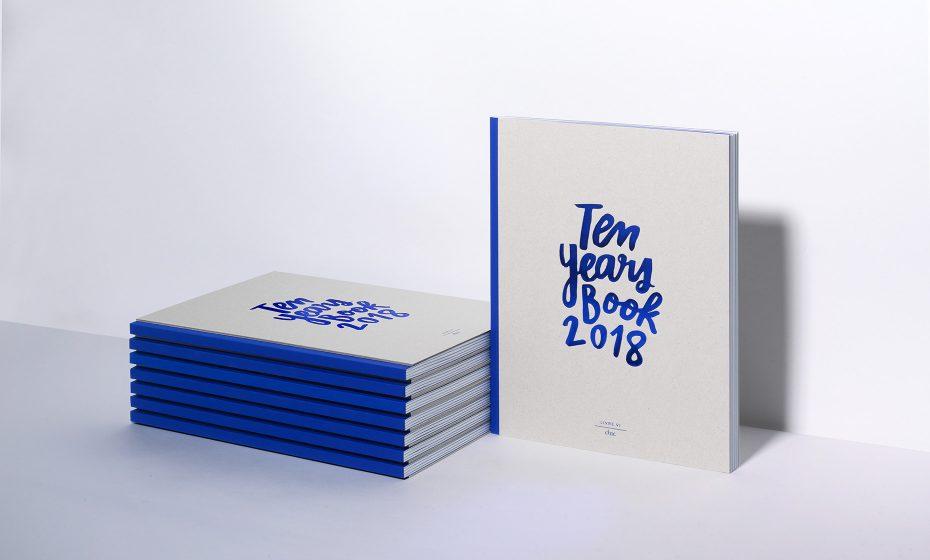 1860×1120 BOOK_18_RVB